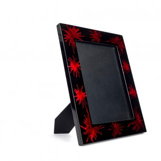 Red and black splash wooden lacquer photo frame